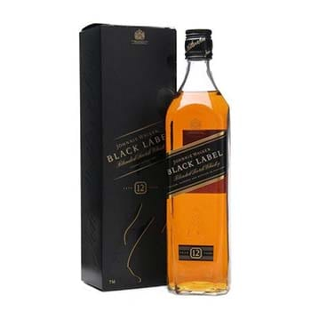 whisky-black-label-750ml.jpeg